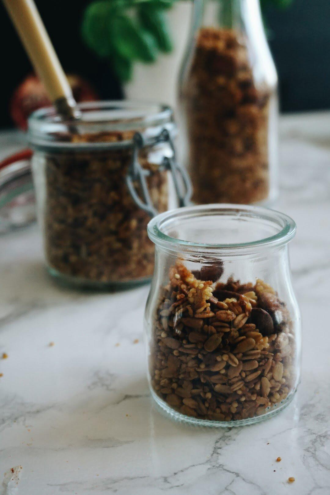 Odżywcza pomarańczowa granola z kaszą jaglaną, quinoa i migdałami 16