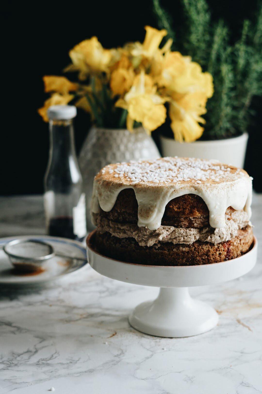 Kardamonowe ciasto z kremem z palonego masła 56