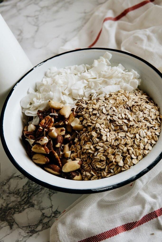 Niesamowicie chrupiąca granola kokosowa 3