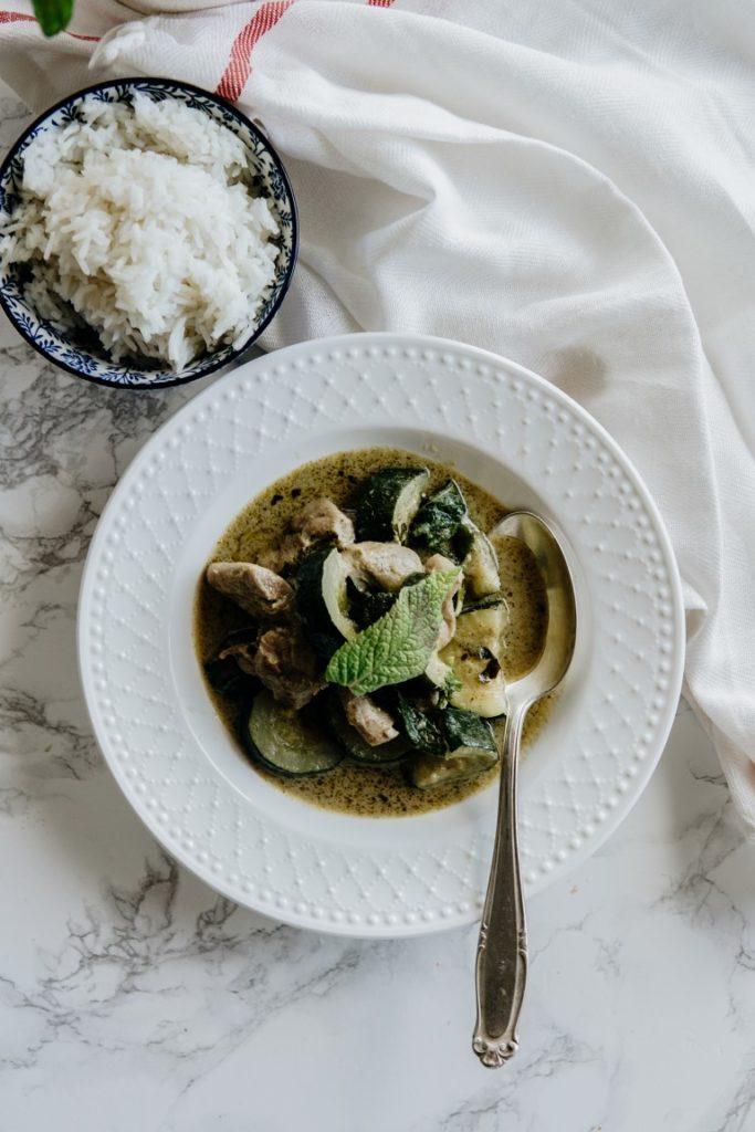 Tajskie zielone curry z indykiem i cukinią 4