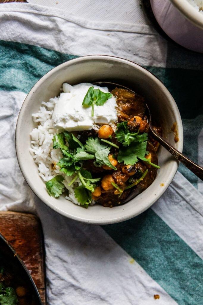 Curry z bakłażanem i ciecierzycą 10