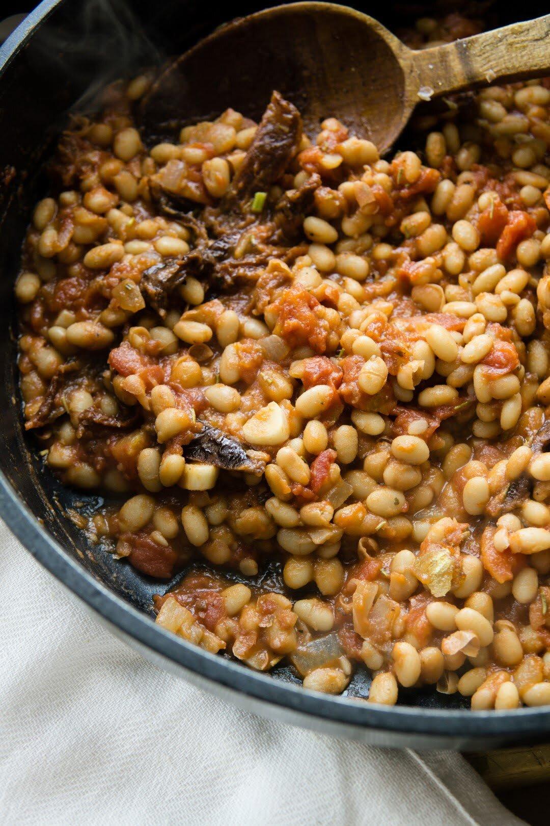 Ragù z białej fasoli, suszonych pomidorów i orzechów włoskich 34
