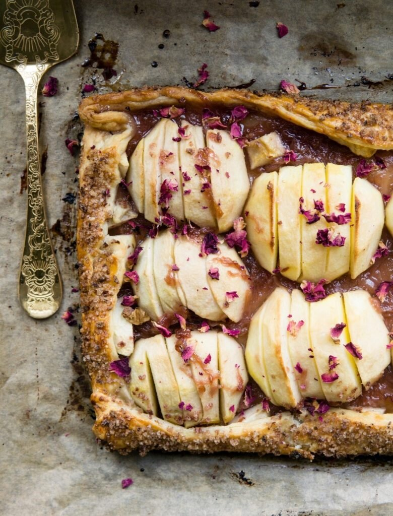 Galette z jabłkami i konfiturą z płatków róży 4