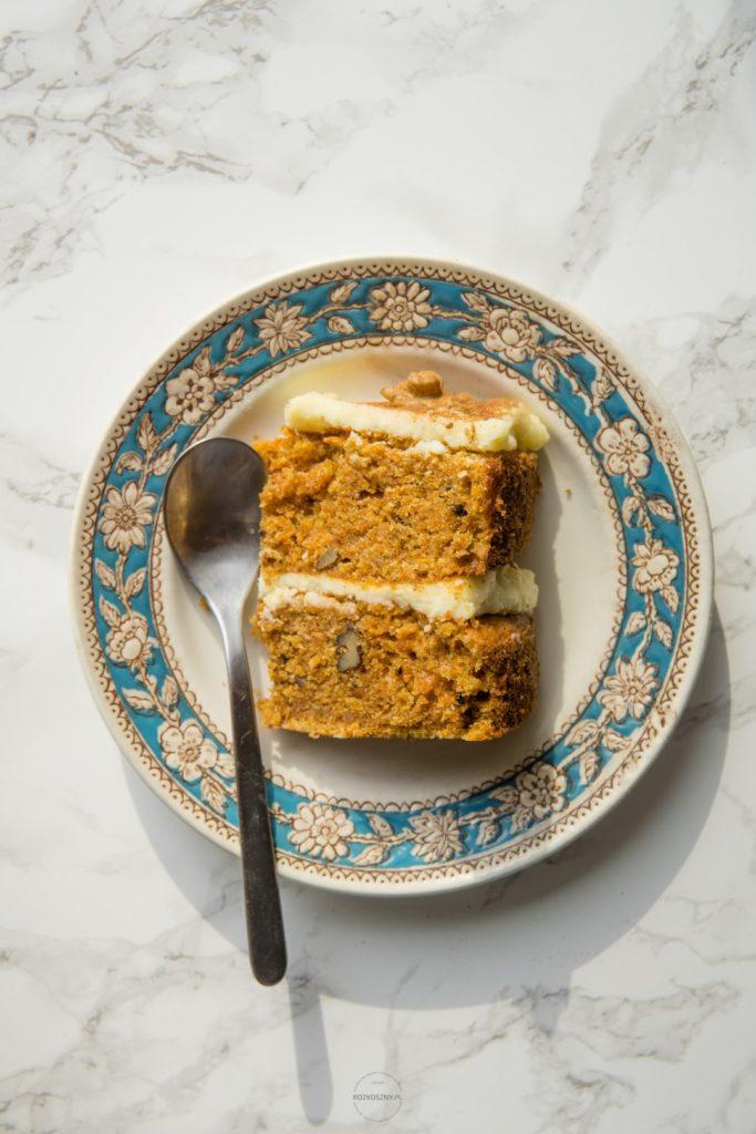 Ciasto marchewkowe z kremem twarożkowym 3
