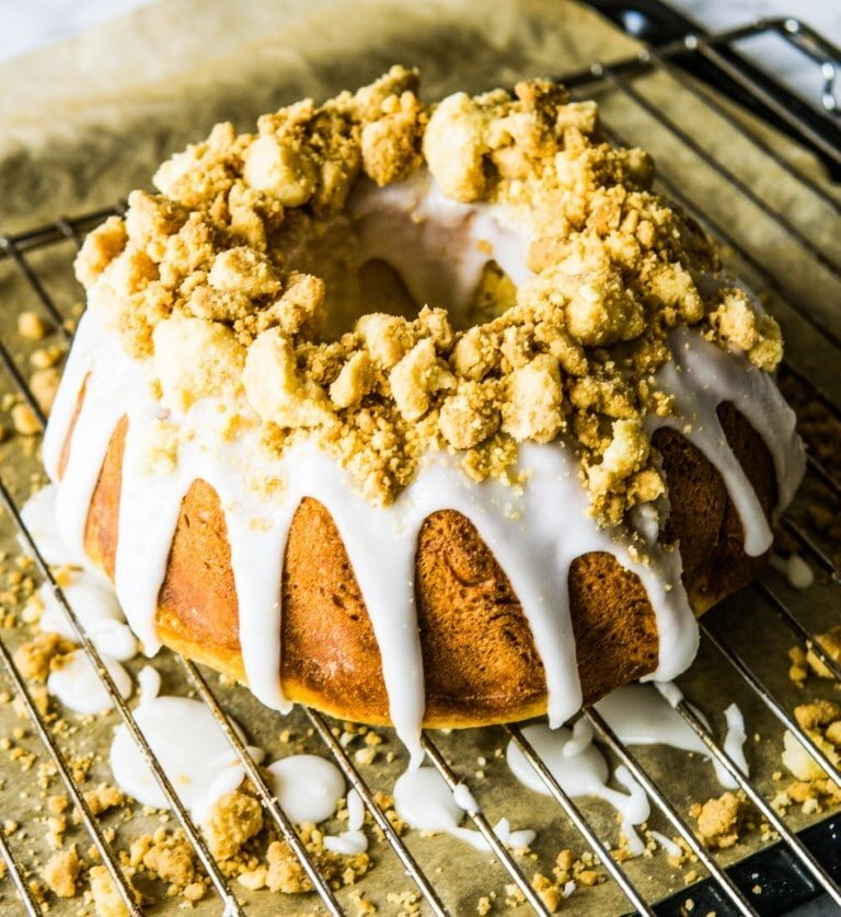 Polish Easter Yeasted Baba with Lemony Glaze and Buttery Streusel 3