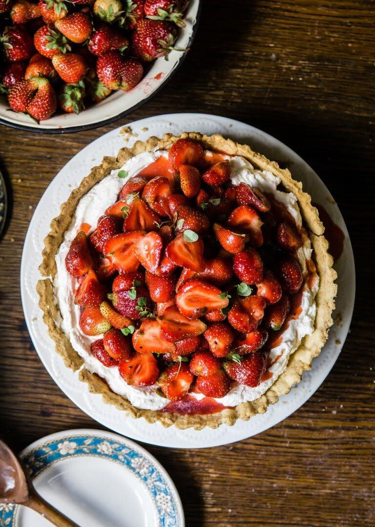 Tarta truskawkowa z aperolem i oregano 2