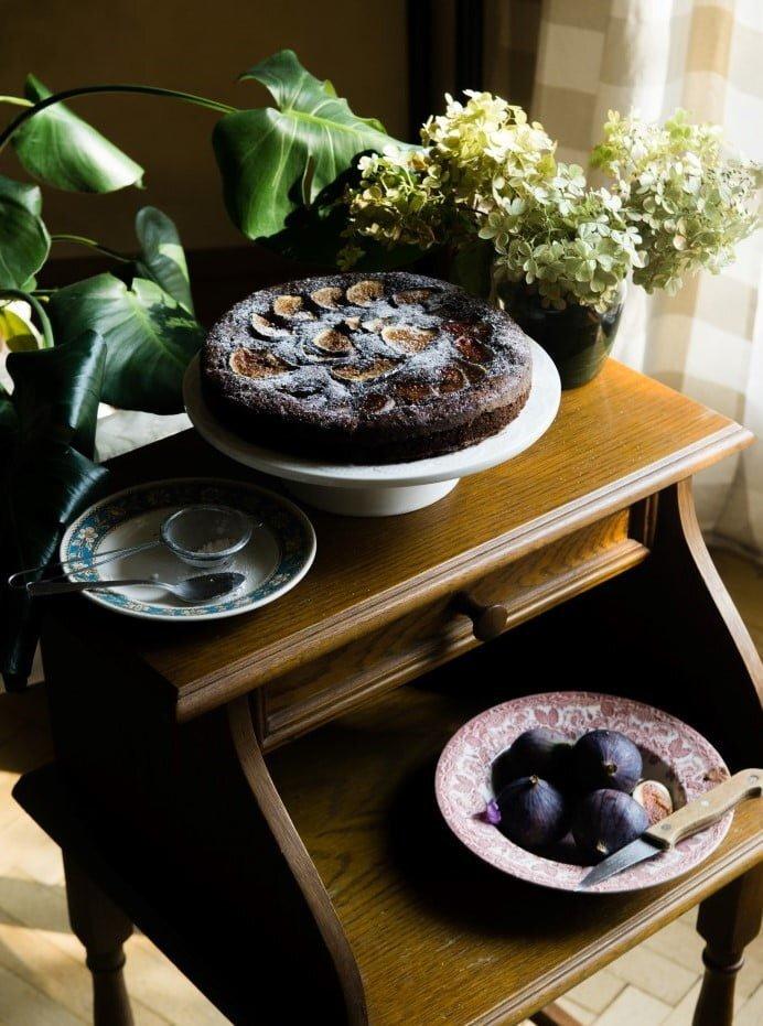 Wilgotne ciasto czekoladowe z figami 2