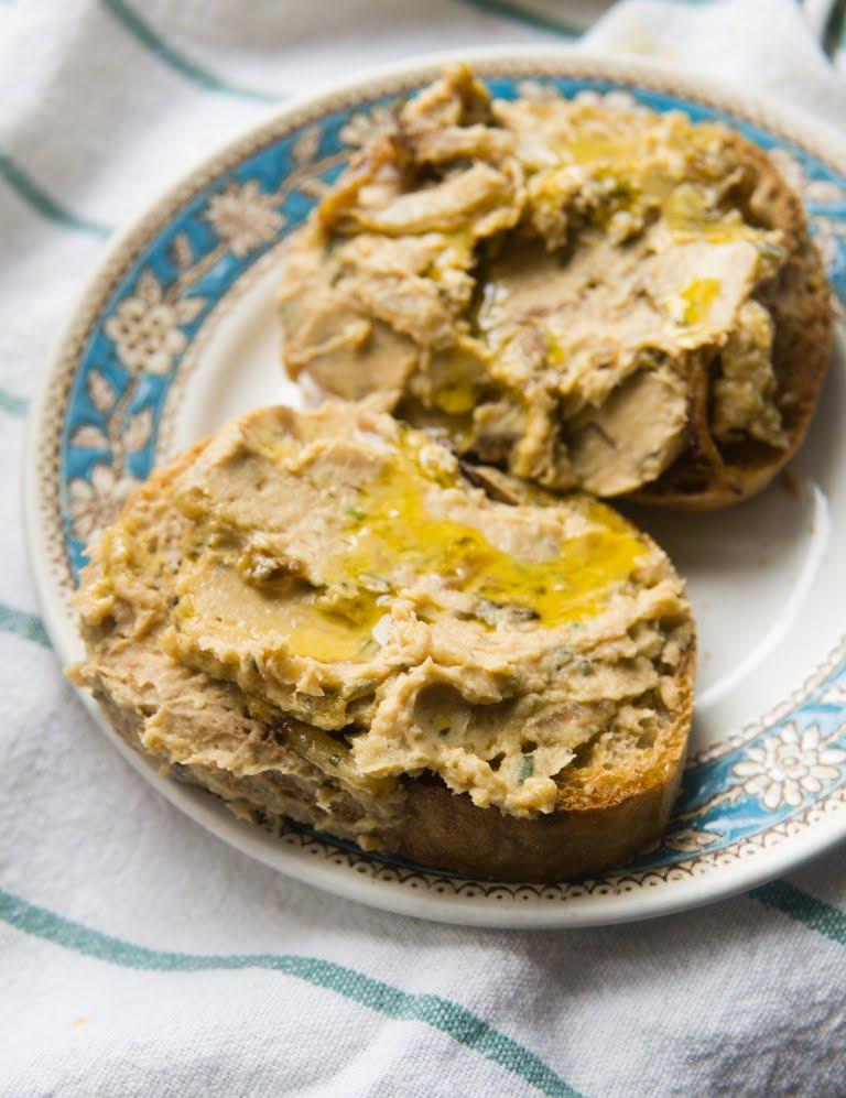 Pasta z fasoli i karmelizowanej cebuli 1