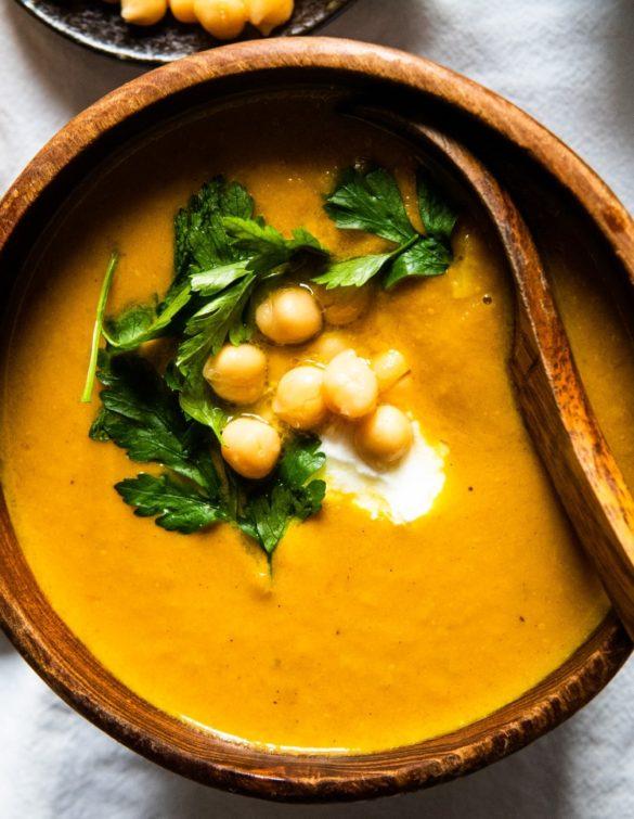 zupa z pieczonej marchewki