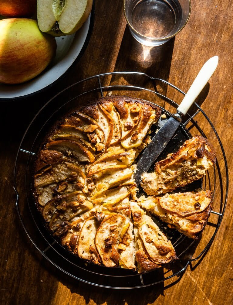 Breakfast Apple Cake with Cold-Pressed Rapeseed Oil 2