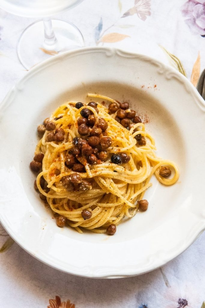 Vegetarian Carbonara with Crunchy-Smoked Chickpeas 2